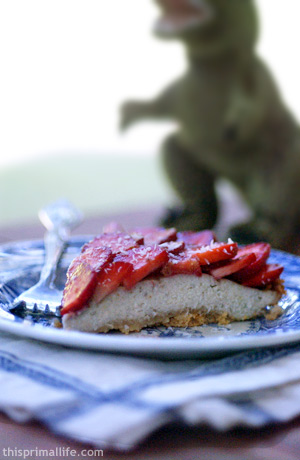 Primal Strawberry Banana Pie